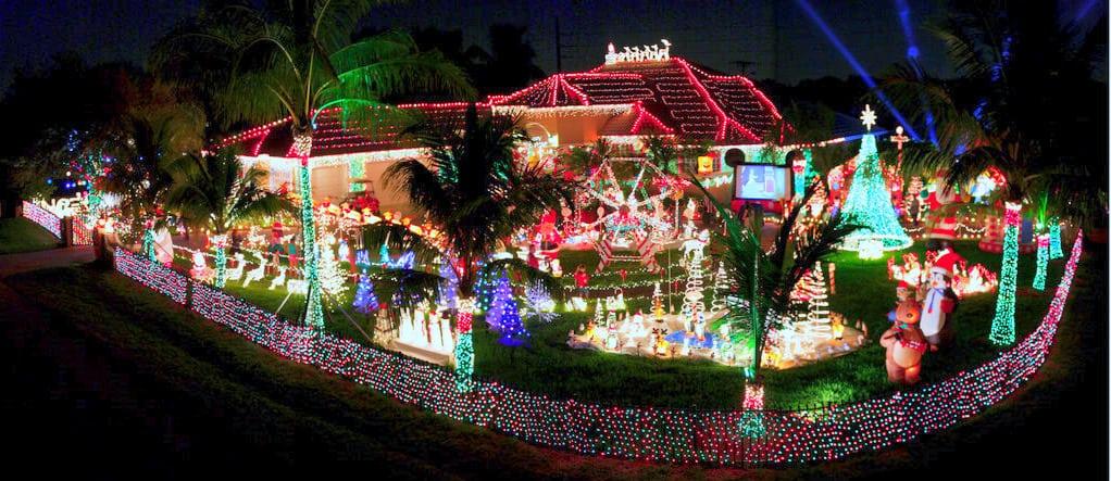 hyatt extreme christmas light decoration