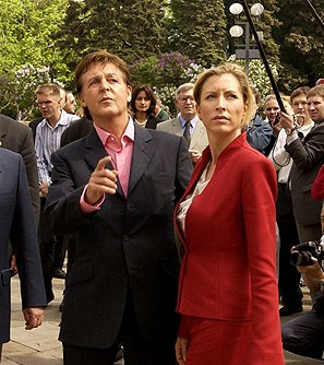 Paul_McCartney and  Heather Mills
