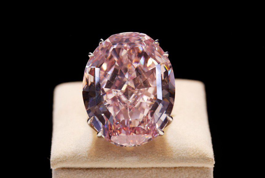 4. Pink-Star-Diamond-Ring