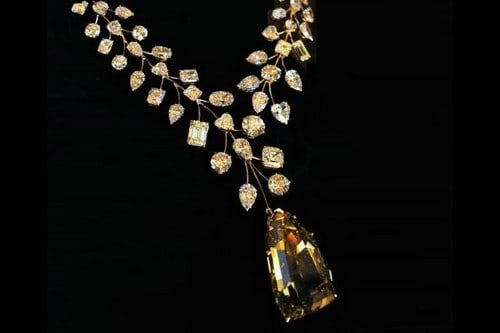 5. L'Incomparable-Diamond-Necklace